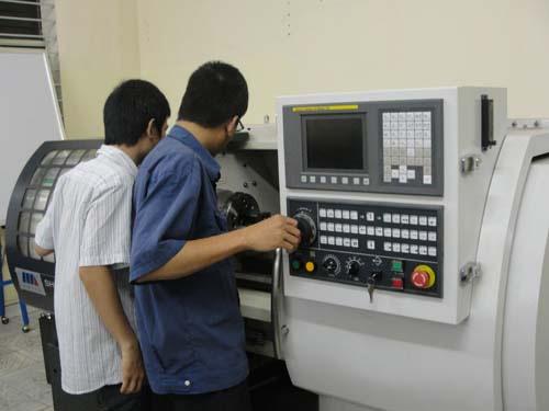 Hướng Dẫn Lập Trình CNC Trên Máy Công Cụ Hiệu Quả Nhất